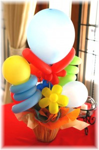 DIY Balloon Centerpieces