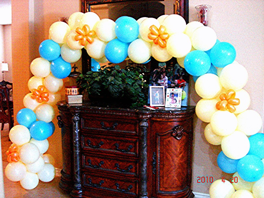 Balloon arch without helium balloon decoration ideas for Balloon arch decoration ideas